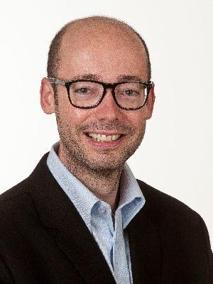 Dr. Florian Dreifus